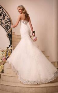 Stella York Ivory Lace Wedding Dress Fits 33-26-38