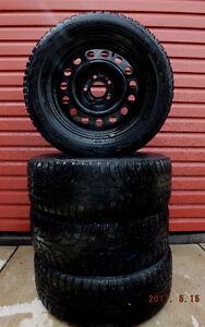 Ensemble de 4 pneus hiver Nokian Hakkapeliitta 5 sur roues