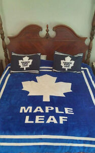 Maple Leaf Bedding - Queen size