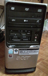 Acer Desktop 8GB RAM 700W Intel Core2 Duo