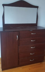 438-8855-332 Commode/Dressers/Wardrobes 50$