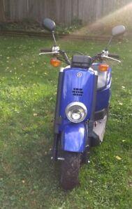 Motor Scooter - Yamaha C3