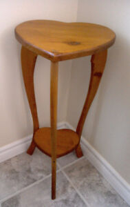 Small stool/table