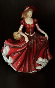 ELIZABETH Royal doulton figurine signed by Michael Doulton