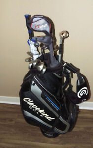 Nice LEFTY golf set with travel bag , 2 pairs of shoes