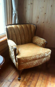 Gold Antique Chair, perfect condit