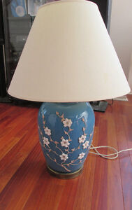 LARGE BLUE PORCELAIN LAMP