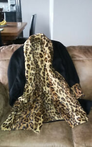 A VALENTINE SPECIAL: 10% OFF LEOPARD PRINT 3/4 length COAT