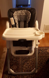 Graco tablefit high chair in brand new condition