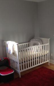 Child Craft traditional 3-in-1 crib, matte white finish