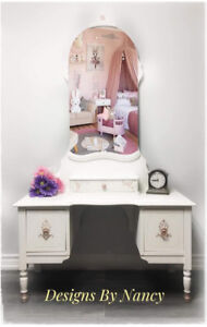 Charming Youths  Antique Solid Wood Vanity! ‍♀️