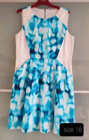 Womens Dress size 18 NEW