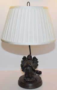 LAMPE DE TABLE (ANGE PRIANT)/TABLE LAMP (PRAYING ANGEL)