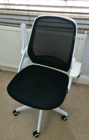 Hbada Egronomic Office Chair