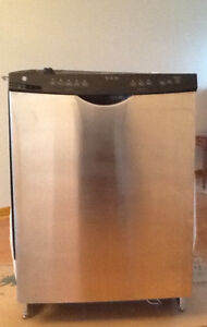 DISHWASHER Stainless GE Built In Works Excellent