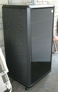 Meuble Stereo / Stereo Cabinet