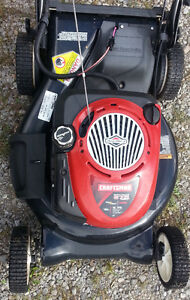 Craftsman Self propelled 21' Mulching Mower with Electric Start Peterborough Peterborough Area image 3