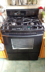 Gas Stove,KitchenAid,convection,self-cleaning+meat probe $650