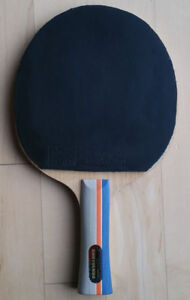 Semi-pro table tennis blade w. carbon and ITTF rubbers for $70