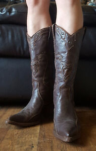 Beautiful Comfortable Women's Leather Cowboy Boots