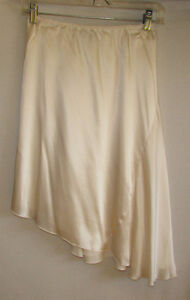 100% SILK Asymmetrical Cream Skirt - Size 3 - NEW with TAGS Gatineau Ottawa / Gatineau Area image 1