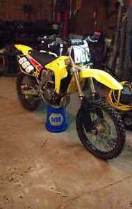 05 rmz 450 with papers