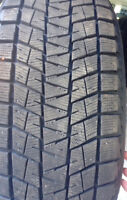 Like new 4 235/55/19 winter tires
