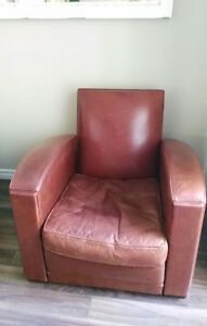 GENUINE LEATHER ARM CHAIR