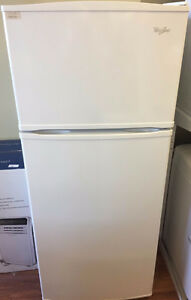 Whirlpool 17'6 CU FT Refrigerator - VS40685248