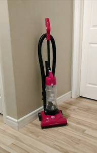 Dirt Devil Quick Lite Vacuum