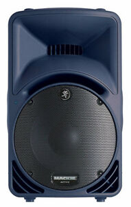 mackie srm450v2 powered speakers with case