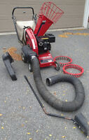 5 HP Troy Bilt Wood Chipper and Leaf Shredder Vacuum