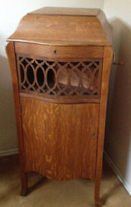 Antique Cabinet Record Player / Gramophone