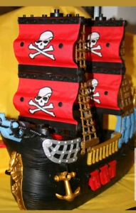Fisher Price Imaginext Black and Red Pirate Ship