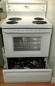 G E Stove 30 inch , in Excellent Condition