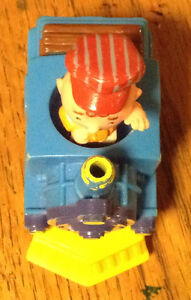 COLLECTIONNEUR VOICI CHARLIE BROWN TRAIN FIGURE 1950, 1966 Gatineau Ottawa / Gatineau Area image 8
