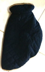 Navy winter dog coat in great condition - size med (16)