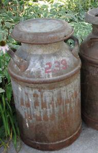 Antiquité Bidon de lait  décoration industrielle
