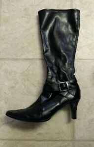 Sz. 8 - Ladies Boots