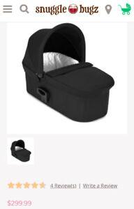 Baby Jogger Deluxe Pram/ bassinet