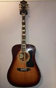 Guitare acoustic Guild D55 USA avec hard case Guild original
