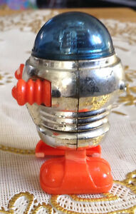 VTG ROBOT TOMY 1977 WALKING MINIATURE SPACE WIND UP TOY Gatineau Ottawa / Gatineau Area image 3