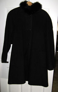 Figure Flattering Black Wool Coat -  Fur Collar - Size 14