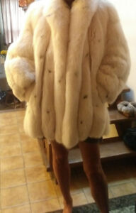 Beautiful fox fur coat!!!!!