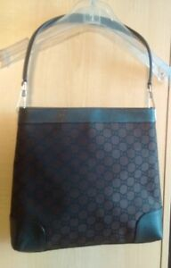 GUCCI Bag / Purse Like New- Sac GUCCI Excellente Condition