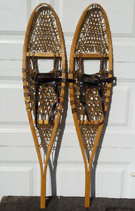 Brand new GV traditional 10 X 46 wood snowshoes – Raquettes bois