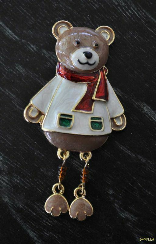 Macys Holiday Lane Christmas Teddy Bear Lapel Pin Dangling Legs New in Gift Box