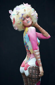 Female model for body painting