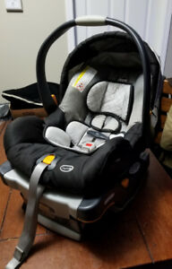 Chicco keyfit30 carseat and base