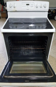 "30"" Kenmore Glass-top Stove"